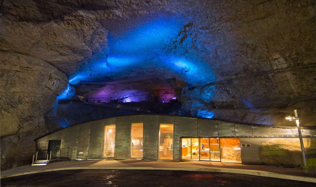grotte du mas d'azil.1jpg